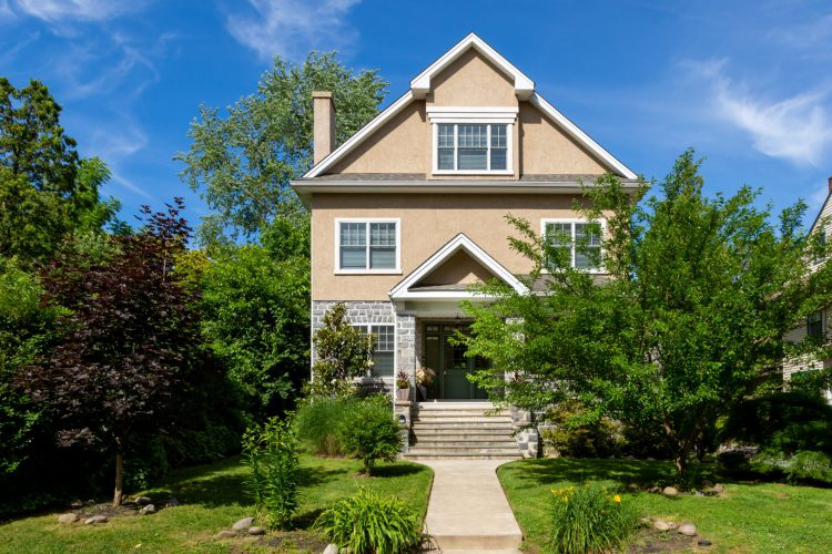 Important Home Maintenance Projects for Spring